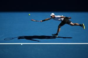 A place in the fifth round proved to be out of reach for Andy Murray as the top seed faltered against Mischa Zverev of Germany