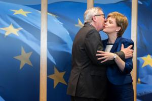 'Sweet deal': Jean-Claude Junker and Nicola Sturgeon