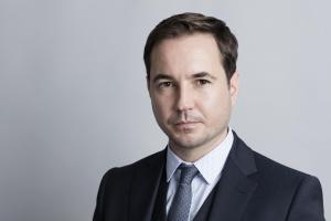 Martin Compston is Detective Sergeant Steve Arnott in Line of Duty