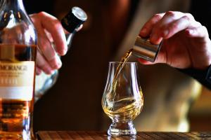 Whisky accounted for more a fifth of the UK's total food and drink exports