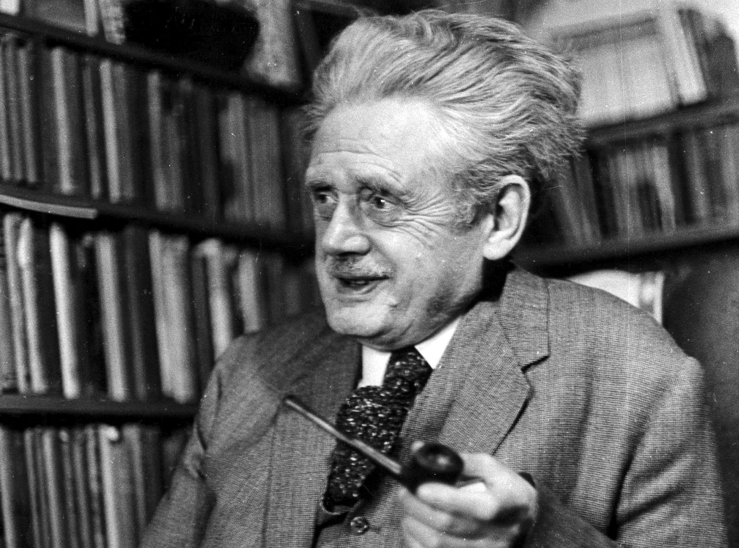 Hugh MacDiarmid in his home in 1968