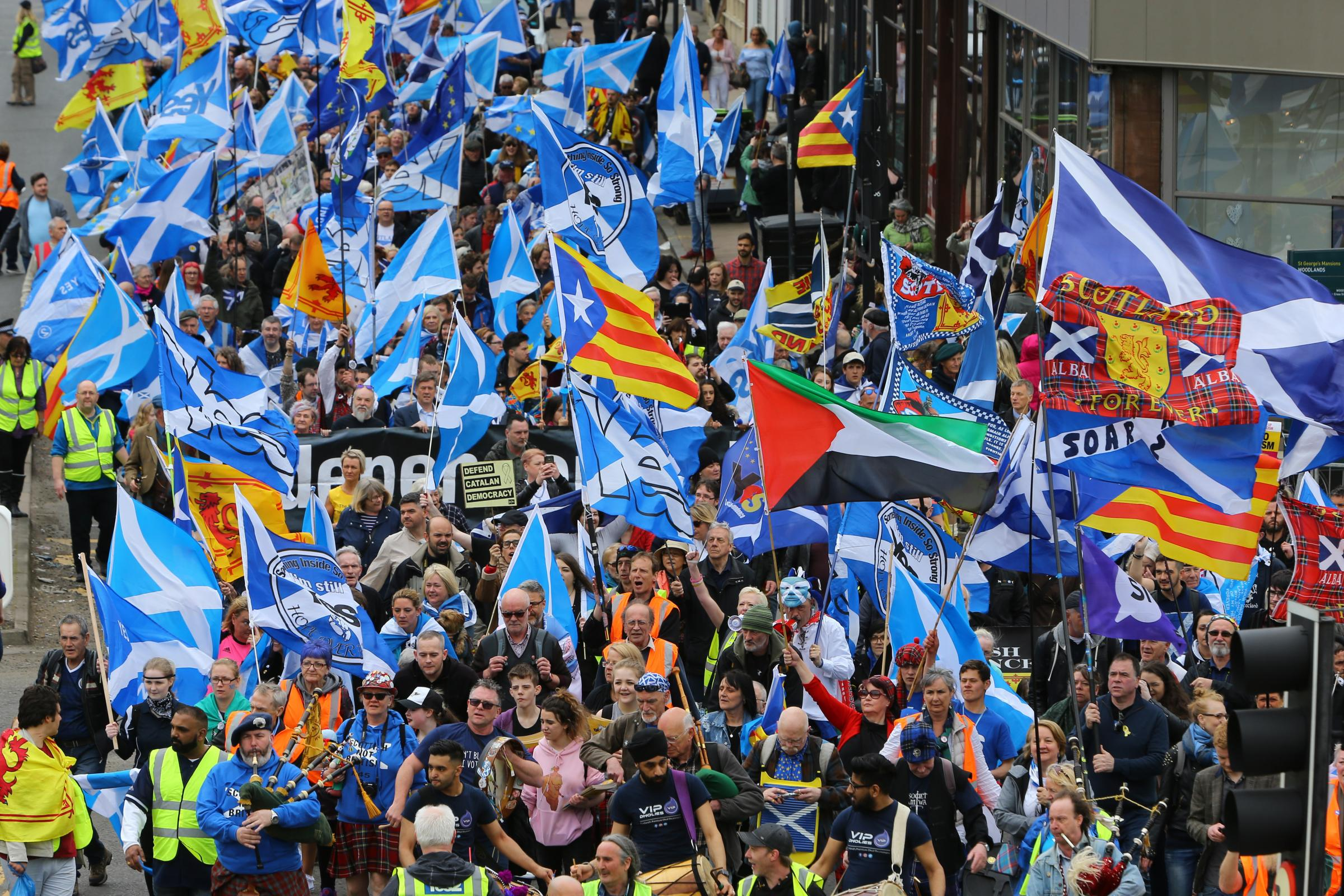Attendance at pro-independence marches has increased by the tens of thousands